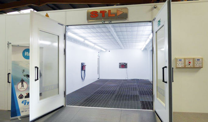 Automotive spraybooths and equipment